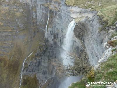 Salto del Nervión - Salinas de Añana - Parque Natural de Valderejo;fotos de senderismo fotos sende